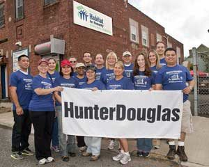 Hunter Douglas employees doing a charitable cause
